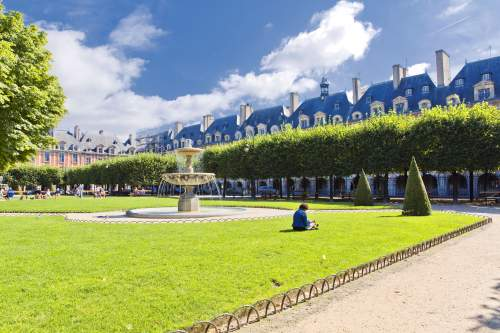 Praça des Vosges
